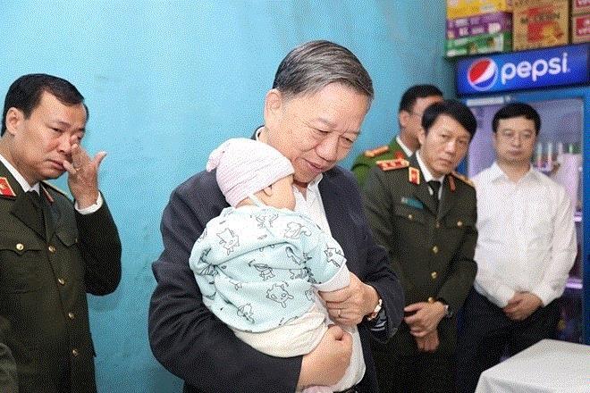 Hà Nội đề xuất trợ cấp con 2 chiến sĩ hy sinh tại Đồng Tâm tới 18 tuổi