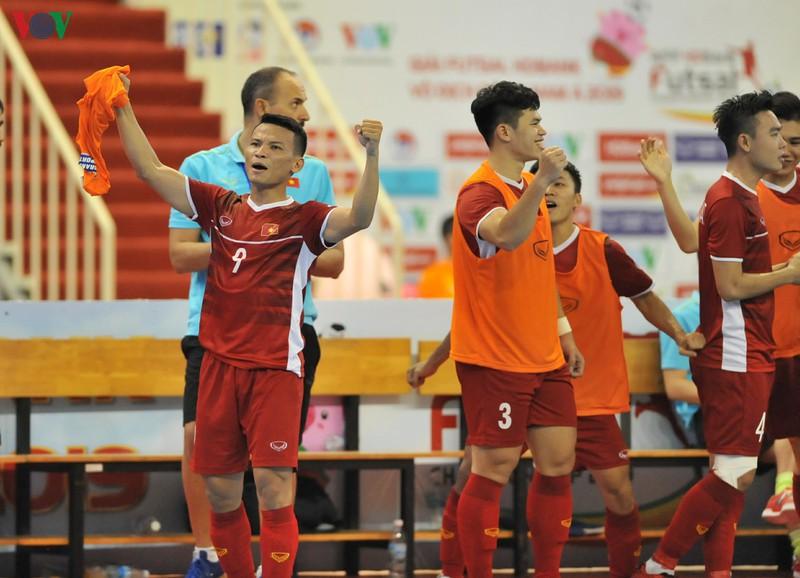 Quyết giành vé World Cup, ĐT Futsal Việt Nam tập huấn Tây Ban Nha