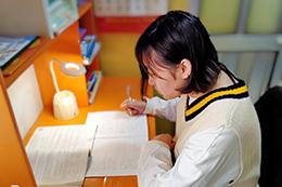 Ứng phó dịch Covid-19: Quan tâm hướng dẫn học sinh ôn tập kiến thức tại nhà