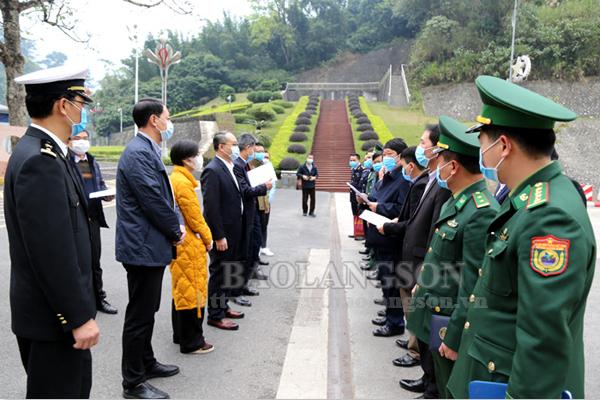 Hội đàm, trao đổi phương án xuất nhập khẩu hàng hóa qua cửa khẩu Tân Thanh và Cốc Nam