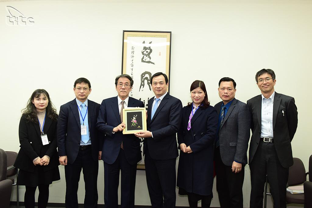 Đại sứ Kunio Umeda: Việt Nam kiểm soát dịch COVID-19 tốt hơn cả Nhật Bản