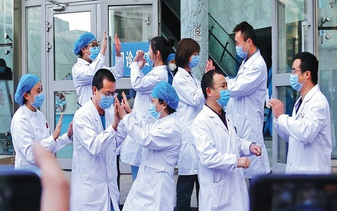 Trung Quốc đặt ưu tiên kiểm soát dịch Covid-19