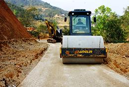 """Công trình giao thông thuộc dự án LRAMP: Vào giai đoạn """"nước rút"""""""