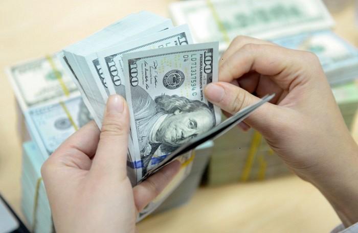 Tỷ giá USD tăng tại nhiều ngân hàng thương mại