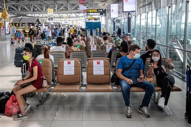 Thái Lan phong tỏa đảo Phuket, Nhật Bản mở rộng lệnh cấm nhập cảnh