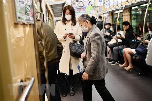 Nhật Bản trên bờ vực tình trạng khẩn cấp khi ca mắc COVID-19 vẫn tăng