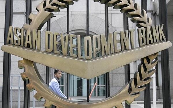 ADB nhận định nền tảng của kinh tế Việt Nam vẫn được duy trì tốt