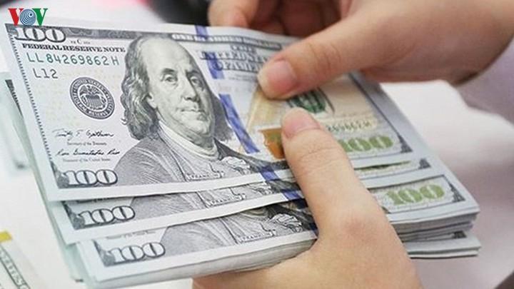 Tỷ giá giảm mạnh tại các ngân hàng thương mại
