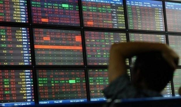 Theo đà đi xuống của chứng khoán thế giới, nhiều cổ phiếu lớn giảm giá