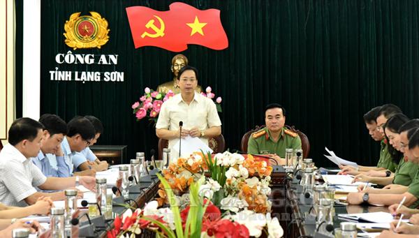Thường trực Tỉnh ủy kiểm tra công tác chuẩn bị và tổ chức đại hội đảng tại Đảng bộ Công an tỉnh