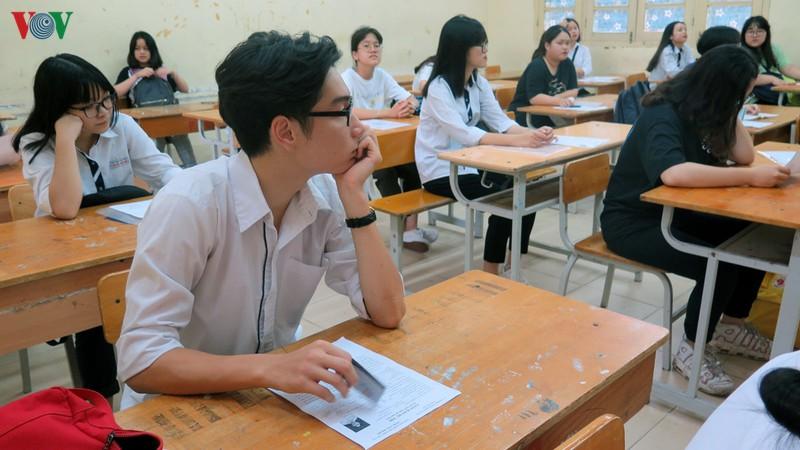 Giao địa phương coi thi Tốt nghiệp THPT 2020: Có quản được không?