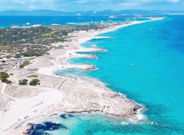 Tây Ban Nha xem xét khôi phục từng bước hoạt động ngành du lịch
