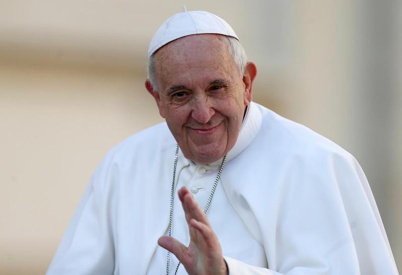 Giáo hoàng hối thúc chuyển quỹ dành cho vũ khí sang ngăn chặn đại dịch