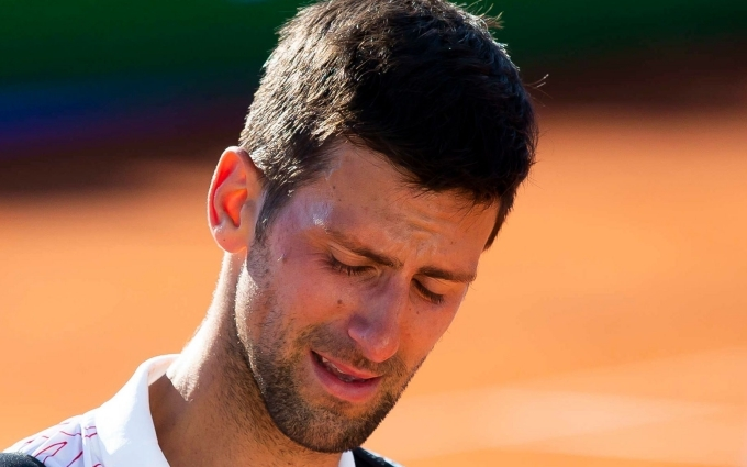 Djokovic rơi lệ trong ngày bị loại khỏi Adria Cup