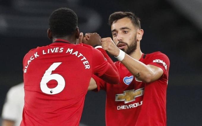 Man United hòa Tottenham 1-1