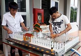 Ứng dụng tự động hóa để điều khiển thiết bị nhà vườn: Giảm sức lao động,  tăng hiệu quả sản xuất