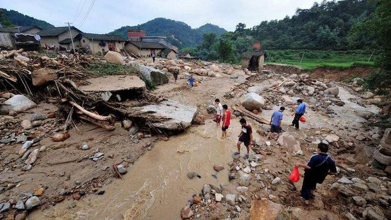 28 ngày liên tiếp Trung Quốc ra cảnh báo mưa lớn