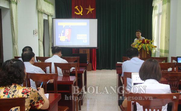 Trên 40 học viên được tập huấn nghiệp vụ tổ chức sản xuất báo chí đa phương tiện