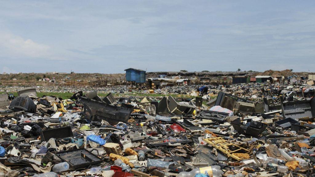 Lượng rác thải điện tử tăng kỷ lục chưa từng thấy