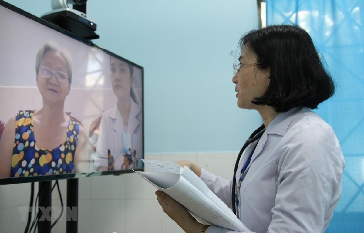 Khám bệnh từ xa - giải pháp hữu hiệu chăm sóc sức khỏe cộng đồng