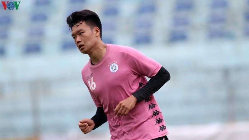 Trụ cột bị treo giò, Hà Nội FC tiếp tục khủng hoảng lực lượng