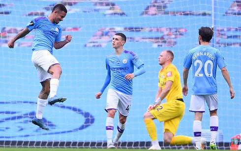 Toàn cảnh Man City 2-1 Bournemouth: Niềm vui nhân đôi
