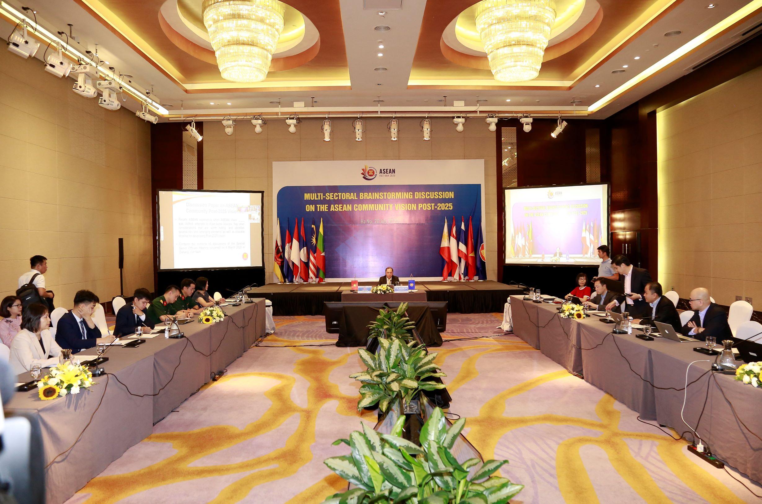ASEAN thảo luận định hướng xây dựng Tầm nhìn Cộng đồng sau 2025