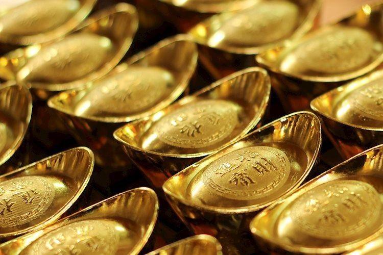 Giá vàng tiến sát 55 triệu đồng/lượng, đắt hơn vàng thế giới cả triệu đồng
