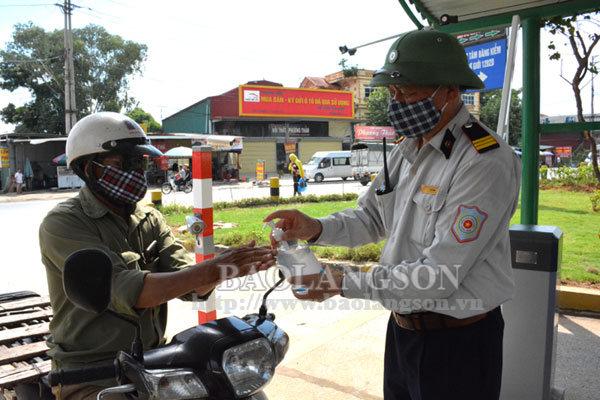 Lạng Sơn: Tạm dừng hoạt động vận tải hành khách đi, đến thành phố Đà Nẵng