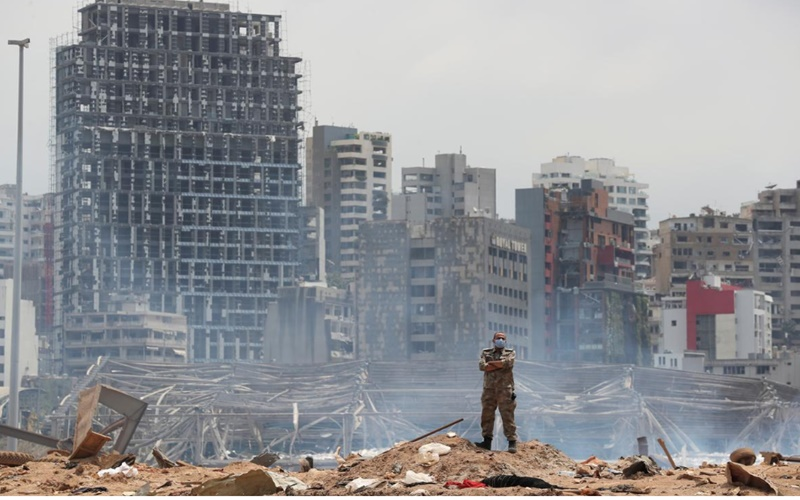 Bắt giữ ít nhất 16 nhân viên của cảng Beirut