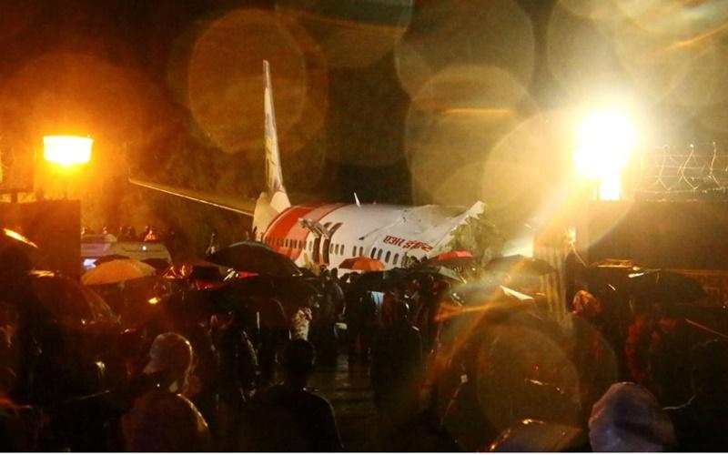 Tai nạn máy bay ở Ấn Độ: Đã có 20 người chết