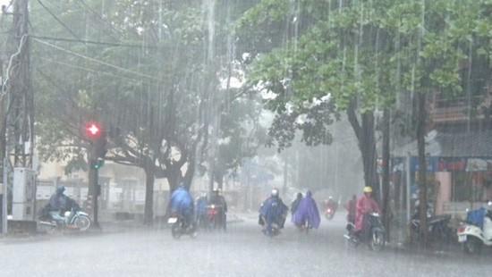 Thời tiết ngày 8/8: Bắc Bộ có mưa lớn cục bộ