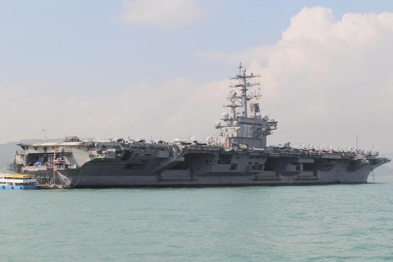 Tàu sân bay USS Ronald Reagan của Mỹ diễn tập trên Biển Đông