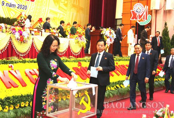 Đại hội đại biểu Đảng bộ tỉnh Lạng Sơn bầu đoàn đại biểu dự Đại hội đại biểu toàn quốc lần thứ XIII của Đảng