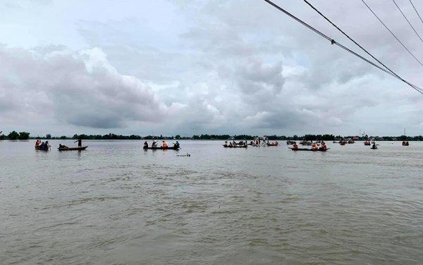 40 người chết và mất tích do mưa lũ ở miền trung