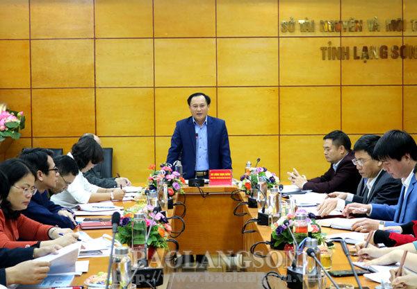 Lãnh đạo UBND tỉnh làm việc với Sở Tài nguyên và Môi trường, Ban Quản lý dự án đầu tư xây dựng tỉnh