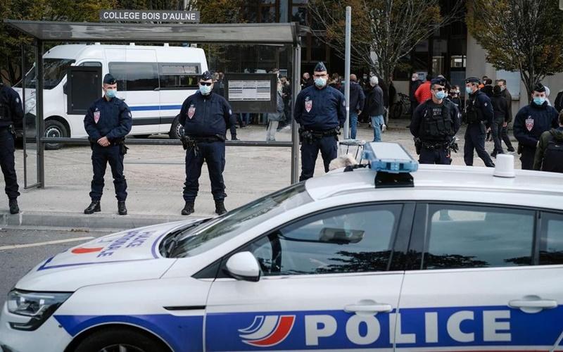 Pháp tăng cường biện pháp chống chủ nghĩa Hồi giáo cực đoan