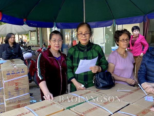 1.000 suất quà ủng hộ đồng bào miền Trung