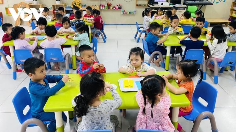 Chương trình dạy tiếng Anh cho trẻ mẫu giáo sẽ triển khai thế nào?