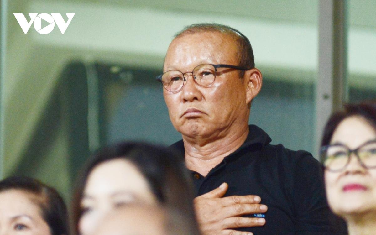 """HLV Park Hang Seo dự khán trận cầu """"sinh tử"""" của trò cưng"""