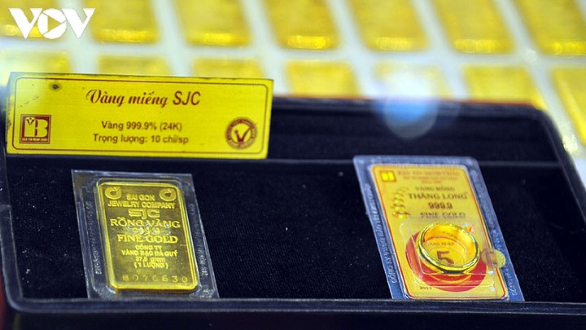 Giá vàng trong nước đứng giá vàng thế giới giảm nhẹ