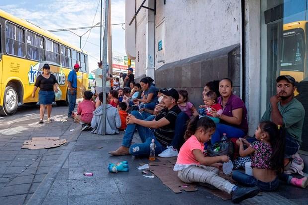 Mexico lên kế hoạch hỗ trợ người di cư bị kẹt do chính sách của Mỹ