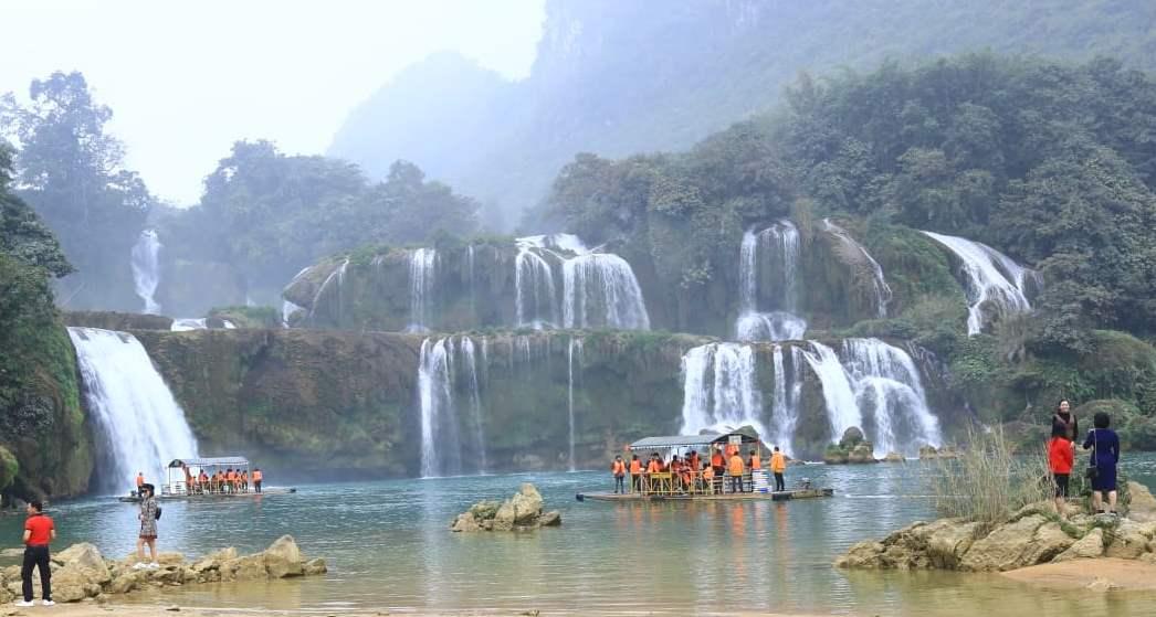 Phát huy thế mạnh nổi trội để nâng cao khả năng cạnh tranh của du lịch Việt Nam