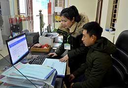 """Đình Lập: Cần khắc phục tình trạng người dân """"thờ ơ"""" với dịch vụ công trực tuyến"""