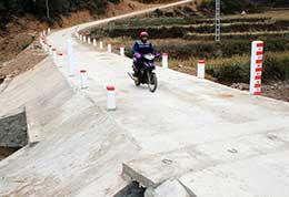 Phát triển giao thông nông thôn ở Đình Lập: Nhà nước hỗ trợ, Nhân dân cùng làm