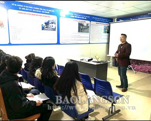 Khai trương Văn phòng tư vấn ngành hàng không và xuất khẩu lao động tại Lạng Sơn