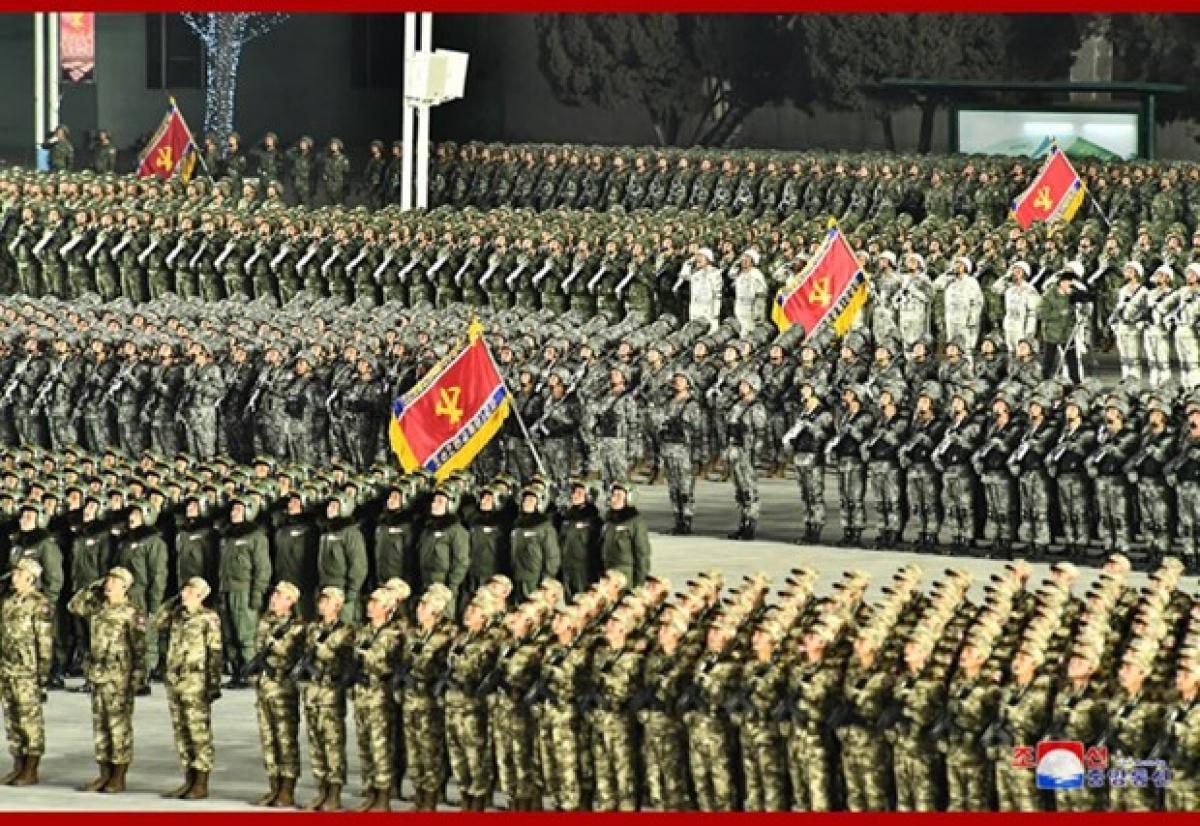 Triều Tiên duyệt binh mừng thành công Đại hội Đảng