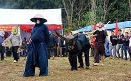 Độc đáo trò diễn Sỹ - Nông - Công - Thương ở Mông Ân