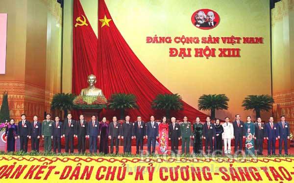Một số hình ảnh của Đoàn Đại biểu tỉnh Lạng Sơn tại Đại hội đại biểu toàn quốc lần thứ XIII của Đảng