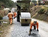 Công ty Cổ phần Quản lý và Xây dựng giao thông Lạng Sơn: Đảm bảo chất lượng duy tu, sửa chữa cầu đường bộ